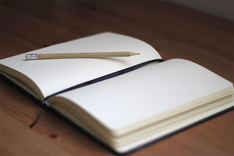 Blank open sketchbook page