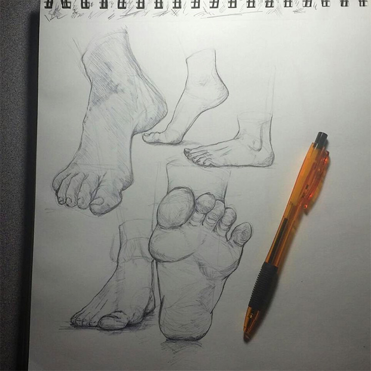Dark heel and toe feet drawings